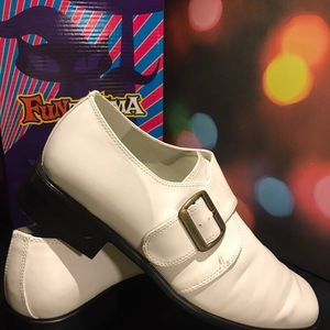 SUPER GROOVY MENS WHITE LOAFERS 8.5